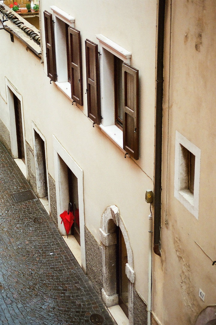 The Red Umbrella. 2010.